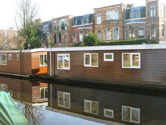 Another advantage to canals = houseboats.