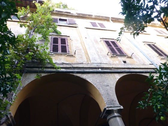 Courtyard, Sant'Andrea delle Fratte
